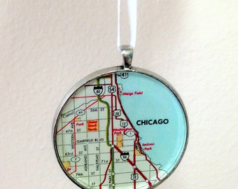 Ornament - Chicago IL Ready to Ship (Packaged) - Windy City - travel souvenir - gift - stocking stuffer