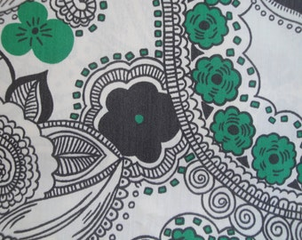 Vintage Black & White Flower Paisley Fabric Approx 2 Yards!