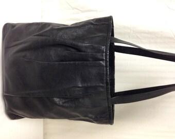 Navire gratuit Barneys New York cuir fourre-tout sac à main noir sac