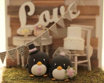penguins bride and groom wedding cake topper (K437)