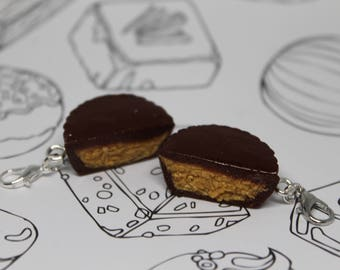 Miniature Chocolate Peanut Butter Cup Charms/ Chocolate Food Charm/ Classic Candy/ Fake Food/ Polymer Clay Reese's