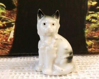 Miniature cat figurine / vintage porcelain white and grey cat ornament / small ceramic cat figurine cat lover gift