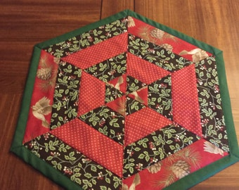 Quilted Table Topper Holiday Christmas Hexagon Red Green & Brown