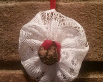 White lace Fabric Yoyo Gingerbread Man Christmas Ornament