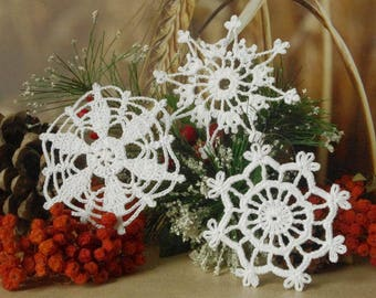 Crochet snowflakes Set of 3 Lace snowflakes Winter decor Handmade snowflakes Christmas decorations S4 S8 S15