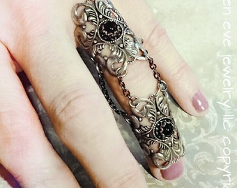 The Raven Armor Ring Knuckle Ring with Jet Glass Stones