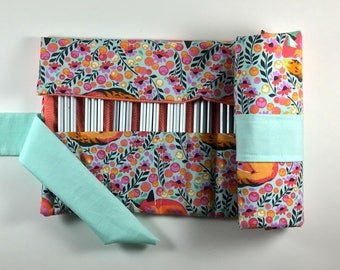 48 Fox Pencil Roll, Pencil Case, Pencil Wrap, Pencil Storage, Colored Pencil Organizer, Pencil Holder, Pencil Mat