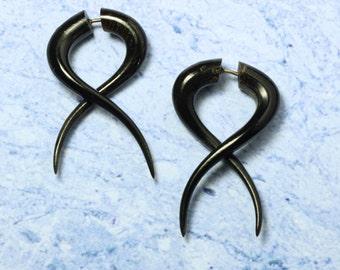 Simple Twists, Fake Gauge Earrings, Black Buffalo Horn, Fake Gauges, Tribal Horn Earrings, Tribal Jewelry, BOHO, Eco Friendly, Organic, H19