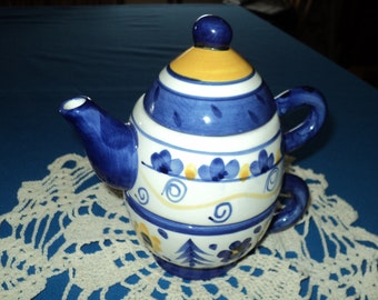 Ganz Bella Casa Hand Painted Stacked Teapot and Cup