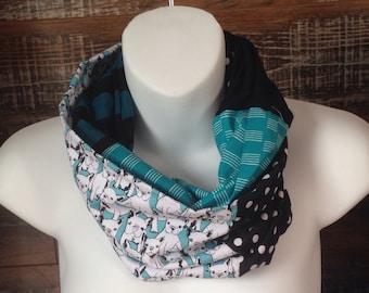 Infinity scarf - turquoise Boston