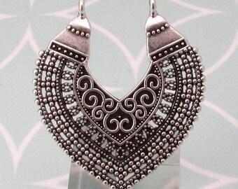 Boho Ethnic Filigree Pendant, Antique Silver, AS444