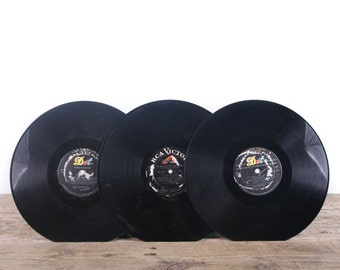 3 Vintage 33 1/3 Records / Black Vinyl Records / Antique Vinyl Records Decorations / Old Records / DOT RCA Victor / Retro Music Party Decor