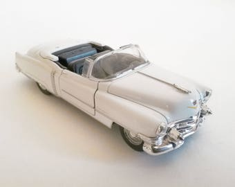scale car 1953 Cadillac Eldorado Convertible