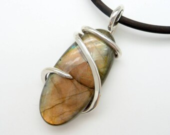 Labradorite Pendant, wire wrapped pendant, Wire Wrapped Necklace, Labradorite Necklace, Wire Wrapped Jewelry, for mom, her