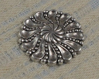 LuxeOrnaments Silver Filigree Round Focal Medallion 34mm (1 pc) S-8451-S