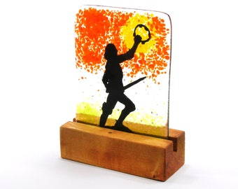 Fused Glass King Richard III silhouette statue in wood stand 14cm x 10.5cm, King Richard