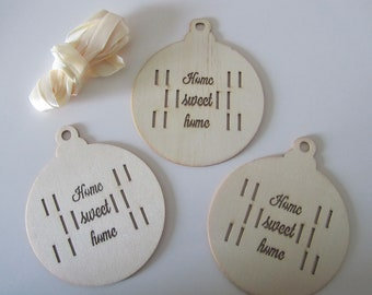 set of 3 set wood - openwork balls with inscription Home Sweet Home - satin tie included