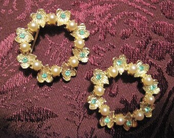 Vintage Pair of Pearl and Blue Rhinestone Brooches