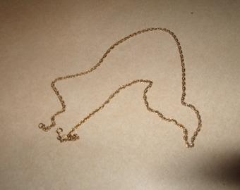 vintage necklace goldtone chain dangles open end