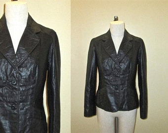Vintage 1970's jacket BLACK LEATHER  fitted with lapel collar - M