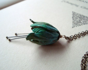 Green Tulip Necklace Patina Vintage Style Spring Jewelry Bridal Jewelry Gardening Bridesmaid Necklaces Mothers Day Jewelry Floral