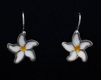 Enamelled daisy 925 sterling silver earrings, dangle earrings, drop earrings