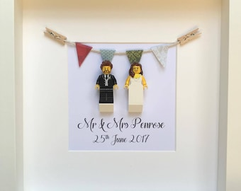 Wedding Gift Personalised, Anniversary Gift Mr & Mrs Minifigure Couple Frame, Wedding Frame