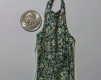 Miniature Kitchen Apron  1:12 scale