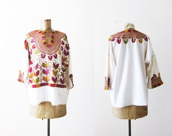 70s blouse - Embroidered Peasant Shirt - 1970s Clothing - Bohemian Top - White Cotton Hippie Shirt - Colorful Mexican Embroidery Shirt L