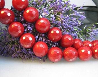 Real deep red Bambookorallenstrang facet. Balls 10 mm
