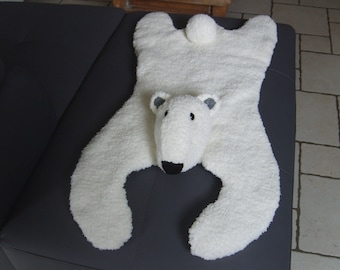 bear rug wool soft Ecru