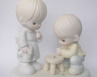 """Precious Moments """"Thumb-body Loves You"""" Porcelain Figurine - Enesco - Vintage Collectible - 1990 - Suspended - Hammer and Workbench"""