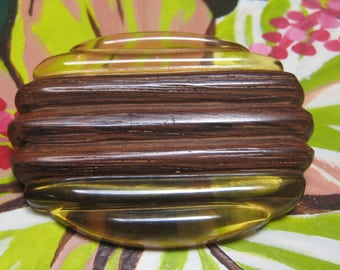 Bakelite Brooch Wood Apple Juice Large Deco style
