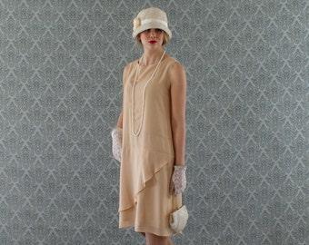 Neat dark beige flapper dress with a ruffled skirt detail, Great Gatsby dress, 1920s flapper dress, robe Downton Abbey, 20s dress, tea dress