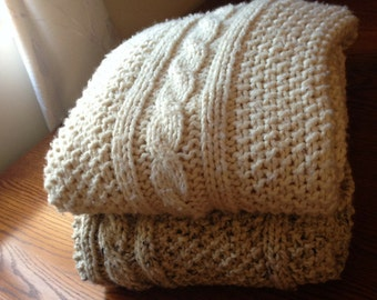 Chunky Cable Knit Blanket - Small