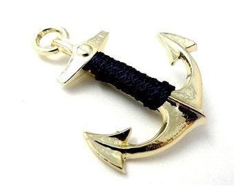 Anchor pin, gold tone