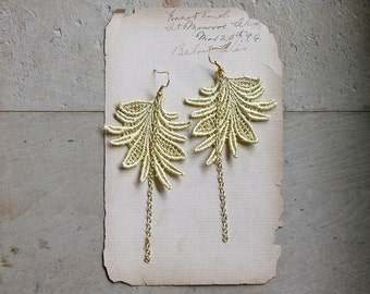 boho earrings // MARTINE // wheat beige gold lace earrings,  feather / leaf, modern, nature / festival style / boho / handmade by White Owl