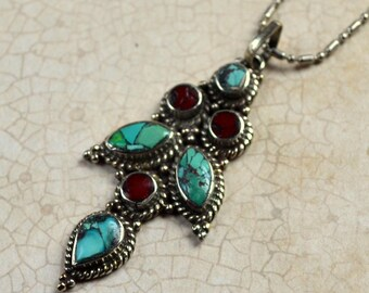 Tibetan Turquoise Red Copal Inlays Necklace Boho Chic Nepal Pendant Silver Bohemian Necklace Tibet Fashion Jewelry Layering Free Shipping