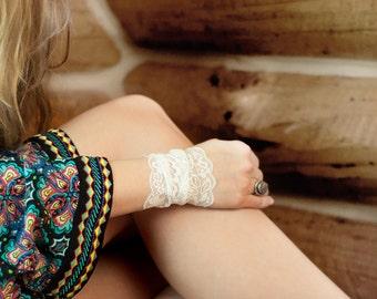 White Lace Bracelet, White Bracelet, Wrist Cuff Nursing Bracelet Wedding Bracelet Cuff Bracelet, Wristband Tattoo Coverup Wrist Tattoo Cover