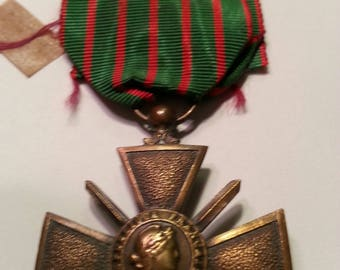 "WW1 "" Croix de Guerree"" Medal - French"