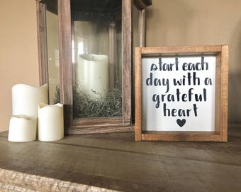 7in. x 7in. Start Each Day With a Grateful Heart Mini
