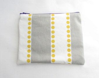 Lulu Cosmetic Bag - Personalized Zipper Pouch - Makeup bag - Bridesmaid bags - Purse - Handbag - Small