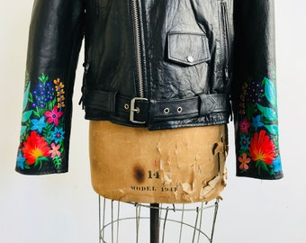 Hand-Painted Tropical Tapestry Cuff Vintage Leather Jacket // (LARGE)