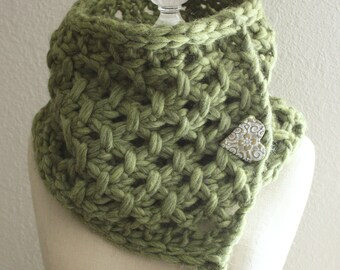 Knitting Pattern / Cowl Neckwarmer / Lattice / PDF DIGITAL DELIVERY