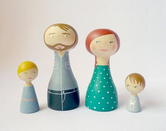 Custom Family Portrait of 4 Dolls children or pets - Personalized - father mother child baby FREE SHIPPING