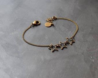 Bracelet 3 stars on thin brass chain