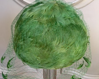 Vintage Green Feather Hat and Veil by Miss Sally Vector NY, 1950s fashion Pillbox Hat, Fascinator