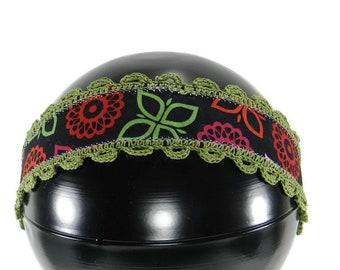 Black Headband Flower and Leaf Print Green Crochet Border and Ties