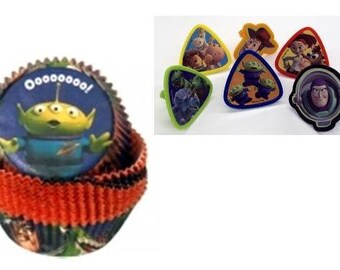 Toy Story Rings with Toy Story Baking Cups