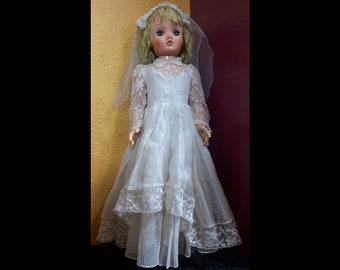 Unneda Princess Bride Doll 1960s